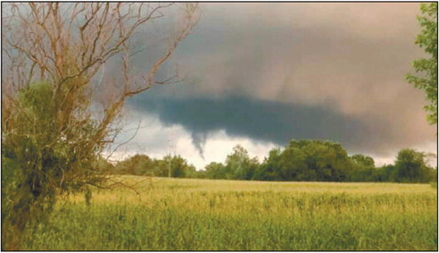 EF0 tornado touches down in the middle of Cadott