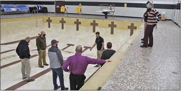School board considers pool options