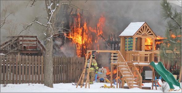 Edgar firemen fight double house fires